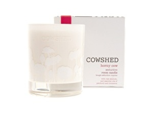 Cowshed Horny Cow seducative room candle 30