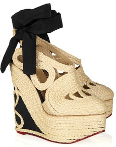 Charlotte Olympia Rapunzel raffia and crepe de chine wedge pumps 895